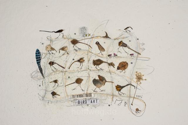 BirdArt- Pflanzenreste und weitere spektakuläre kleine Fundstücke auf Aquarell
